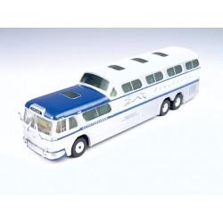 221-33102 HO GMC PD-4501 Scenicruiser Bus_13708