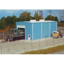 HO Modern Small Engine House 10.5 x 21cm (Bausatz)_16944