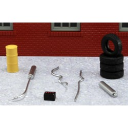 AHT-43927 O (1/48) Garage Accessory Set 2_17323