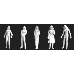373-97125 1/24 Female Figures (3) white_18530