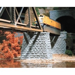 214-9830 N Cut stone bridge pier (2) 2.5 x 6 x 2.1_19594