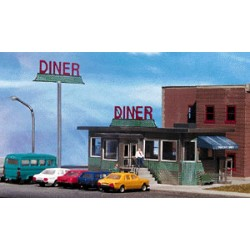 502-871001 HO Parkway Diner 15.7cm x 11cm_24431