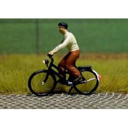 1117-878032 HO Bicyc-LED Radfahrerin_30708