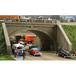 HO Arched Raod Bridge_32605
