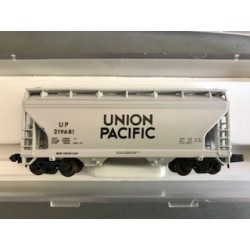 150-3905 N ACF two bay hopper Union Pacific