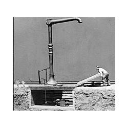 254-17 HO Water Crane_41804