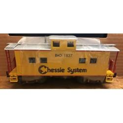 610-2806 O Caboose (2 rail) Chessie System_43622
