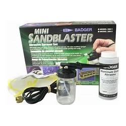 Sandstrahlpistole mit Schlauch und Staubmaske_45288