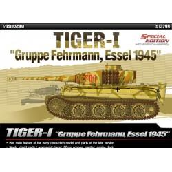 1:35 Tiger-I Gruppe Fehrmann, Essel 1945_46751