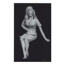 PHO-103 1:43 Figuren unbemalt, 1950 sitzendes Girl_55108