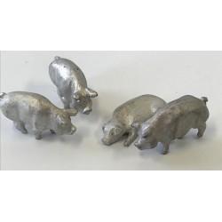 HO Schweine unbemalt 3 stehend 1 liegend_56302