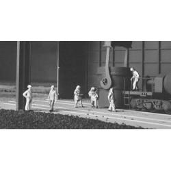 HO Blast Furnace Crew (6)_57957