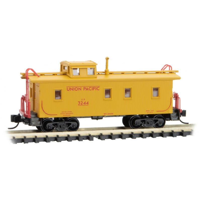 N 34' wood sheathed caboose Union Pacific 3244_57968